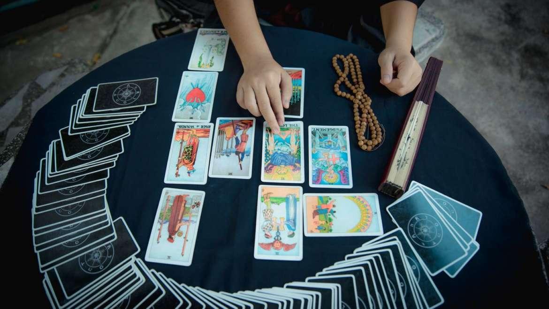 Tarot: Complete Tarot Reading